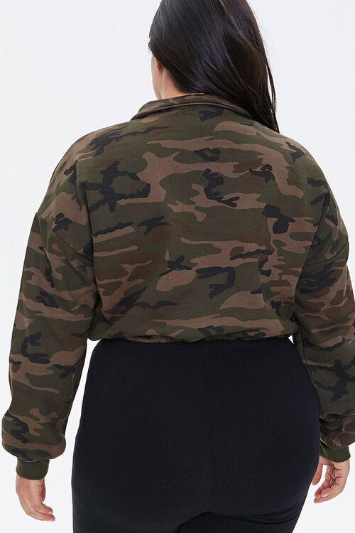 Plus Size Camo Print Semi-Cropped Pullover, image 3
