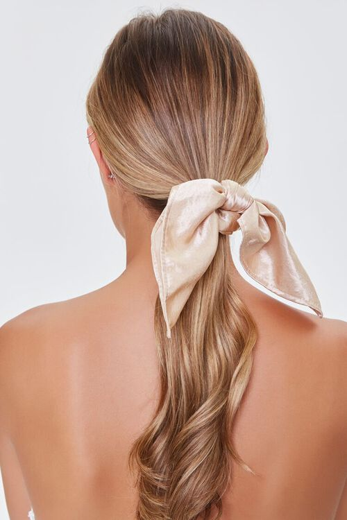 CHAMPAGNE Satin Bow Scrunchie, image 1