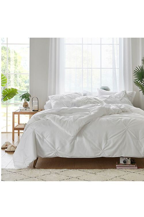 Tufted Full Queen-Sized Bedding Set, image 1