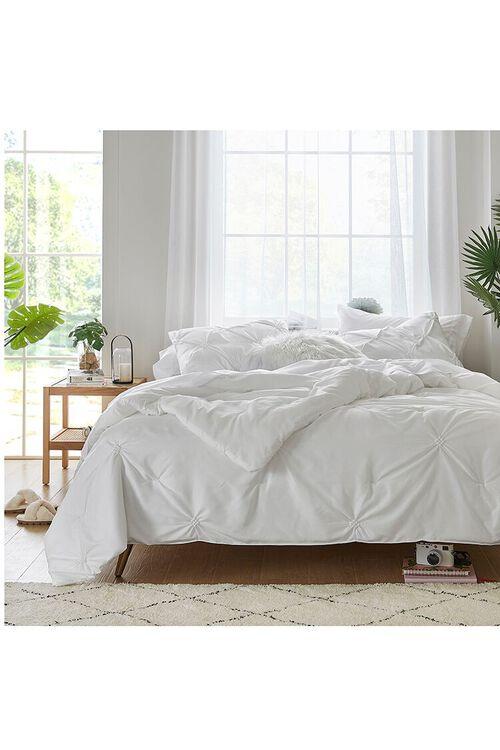 Tufted Twin-Sized Bedding Set, image 1