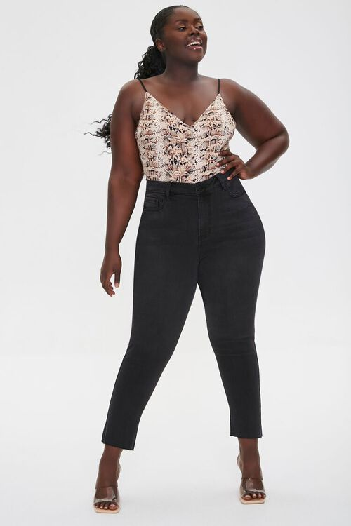 Plus Size Signature High-Rise Mom Jeans, image 1