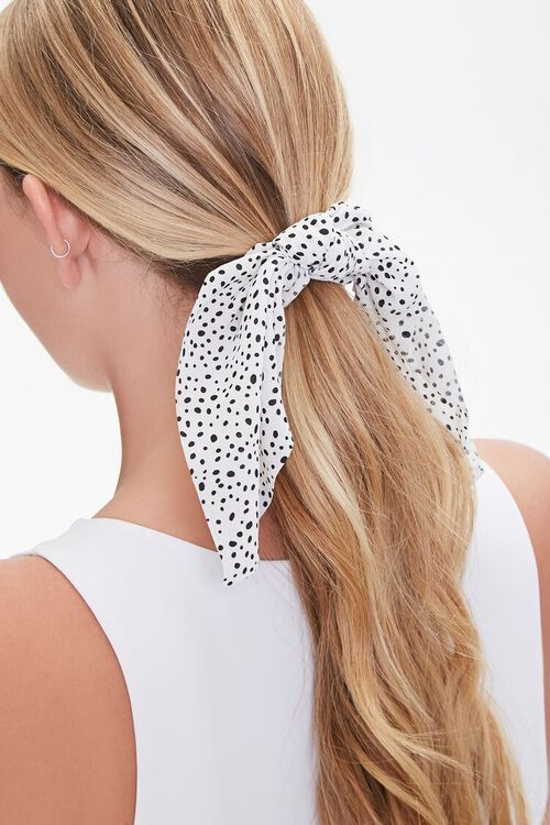 Spotted Bow Scrunchie, image 1