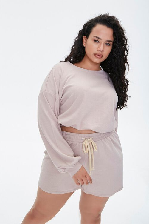 Plus Size Pullover & Shorts Set, image 1