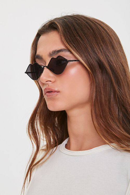 Lip-Shaped Sunglasses, image 2