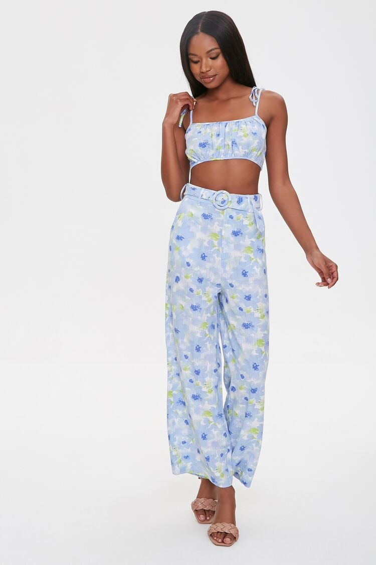 1930s Wide Leg Pants and Beach Pajamas Floral Cropped Cami  Pants Set in Blue Size XL $23.99 AT vintagedancer.com