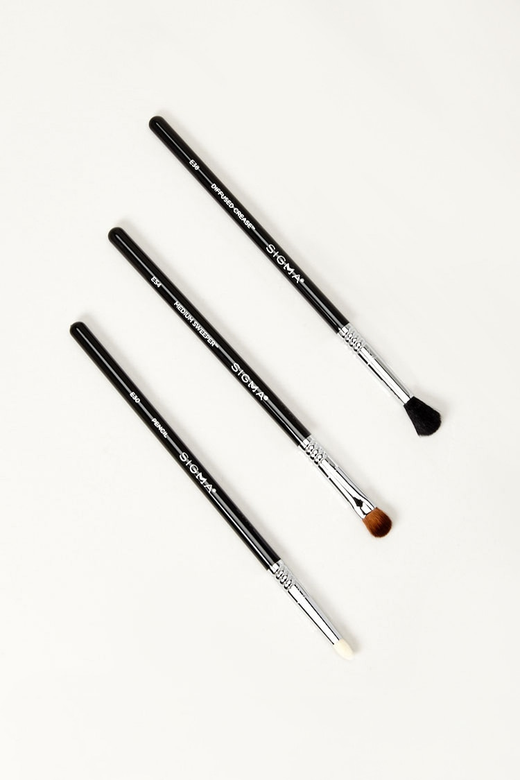 Forever 21 coupon: Shade & Pop Brush Set in Black